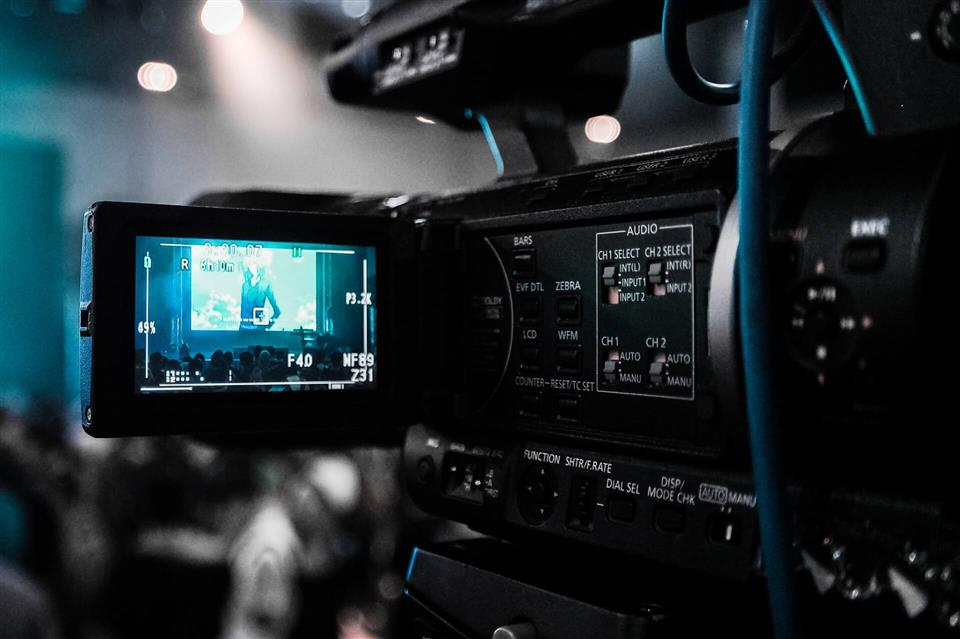 How To Use Video Content To Benefit Your Business & Overcome Your Competitors